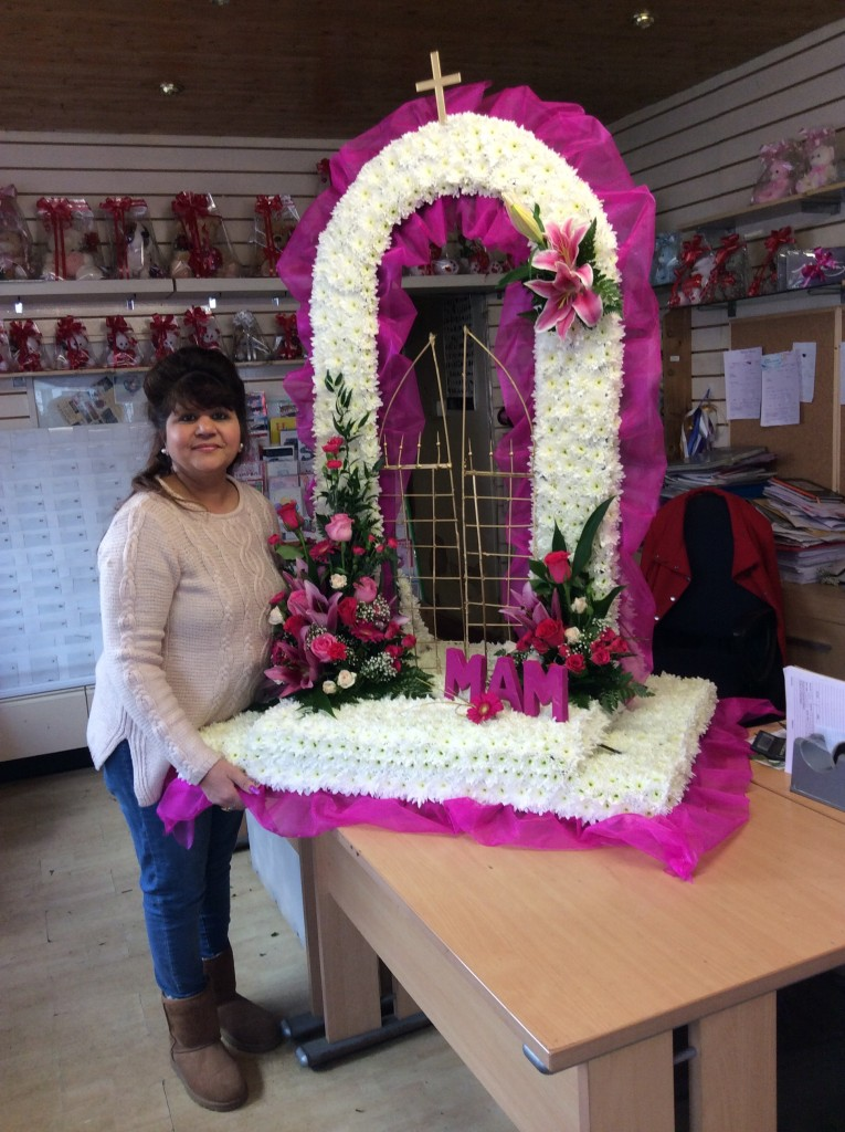 Special Tribute Funeral Flowers Leicester